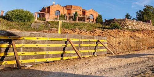 Santana Paving & Grading, Inc. retaining wall building